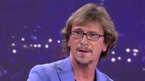"""Alejandro Abad y su paso por Eurovisión """"En TVE me hicieron unacruz"""""""